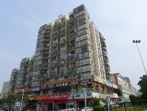世纪春城八号公寓